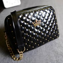 Excellent Quality Womens Bag Fashion Women Messenger Bags Rivet Chain Shoulder Bag High Quality PU Leather Crossbody SA027